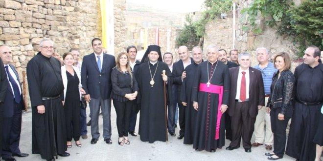 إفتتاح نشاطات اليوبيل الذهبي لتطويب القديس شربل