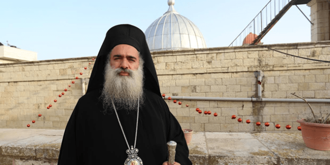 """المطران عطاالله: الخلاف بين الكنيستين المقدسية والأنطاكية """"غير لائق"""""""