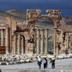 صورة من الأرشيف مؤرخة 14 آذار 2014 لقوس النصر في مدينة تدمر الأثرية. (أ ف ب)