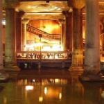 حوض الكاتدرائية أو ما يعرف بـالقصر المغمور في إسطنبول