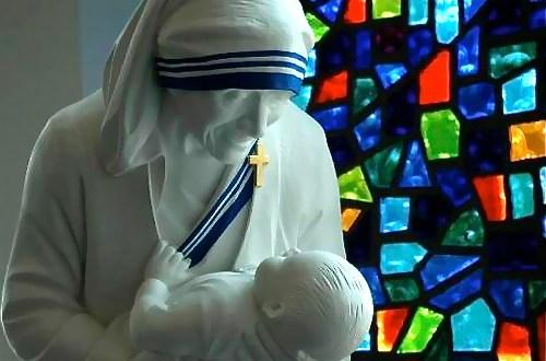 مقابلة حصريّة: هذا ما كشفه حامل دعوى تقديس الأم تيريزا لأليتيا…الاتفاق الذي أجرته الأم تيريزا مع يسوع!