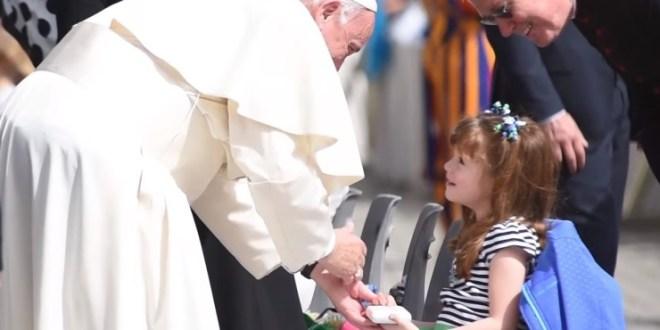 البابا فرنسيس يستقبل أعضاء جماعة كابوداركو التي تعنى بمساعدة المعوقين