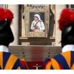 البابا فرنسيس يعلن قداسة الأم تريزا دي كالكوتا