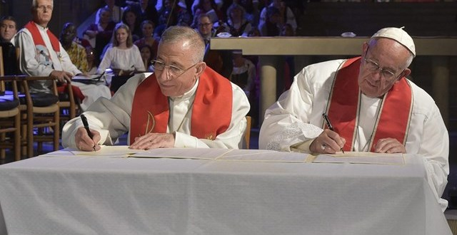 زيارة البابا إلى السويد: التوقيع على الإعلان المشترك مع الكنيسة اللوثرية