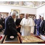 البابا فرنسيس يستقبل الرئيس الفلسطيني محمود عباس. بيان دار الصحافة الفاتيكانية -