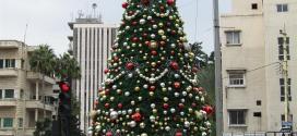 بلدية صيدا رفعت الشجرة الميلادية في ساحة إيليا