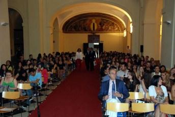 El rector de la UCLM, Miguel Ángel Collado (centro), momentos antes de la inauguración