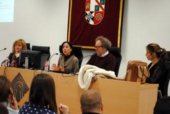 Carmen Salcedo durante su exposición