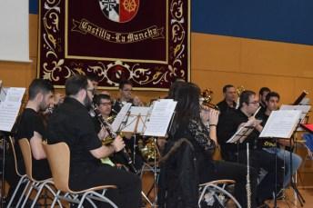 Miembros de la Asociación Musical Universitaria en plena actuación