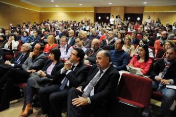 Inscritos y comunicantes, durante el acto de presentación