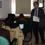 El profesor Miguel Cortés, durante su conferencia