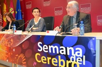 De izda. a dcha.: Rosa Romero, Beatriz Cabañas y Juan Emilio Felíu