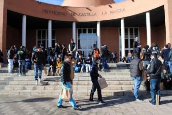 La Universidad regional alcanza una matrícula global de unos 30.000 estudiantes