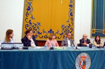 De izqda. a dcha.: Marta Muñoz, Adán Nieto, Cristina Rodríguez Yagüe, Juan Ramón de Páramo, Luis Arroyo y Beatriz García Moreno