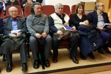 Los poetas que participaron en la presentación de la obra, en otra perspectiva