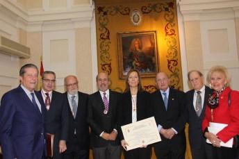 María Soledad Campos junto a algunos de los invitados a la toma de posesión