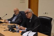 Marcos Peña Pinto, presidente del Consejo Económico y Social (derecha), junto a Enrique Viaña, organizador de las Jornadas