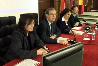 Desde la izquierda, Óscar Bajo, Miguel Ángel Collado, Carmen Díaz Roldán y Julio del Corral Cuervo