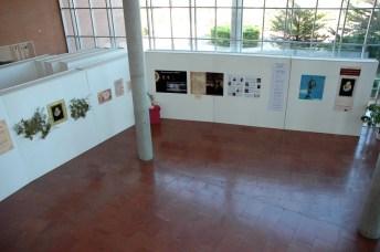 Se puede ver en el hall del edificio Benjamín Palencia