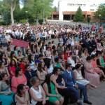 Graduados, familiares y asistentes al acto