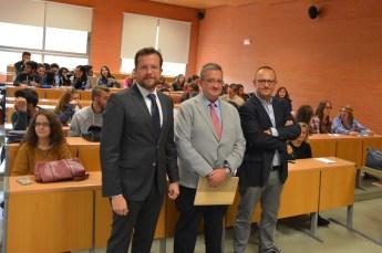 Arroyo Jiménez, Rubio Guerrero y Sánchez Legido, en la Facultad de Derecho y Ciencias Sociales