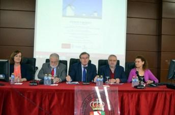 De izqda. a dcha: Henar Herrero, Juan Emilio Feliu, Miguel Ángel Collado, Ángel Ríos y Mercedes Siles.