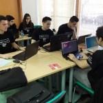 Los participantes del HackForGood en Ciudad Real, en plena competición