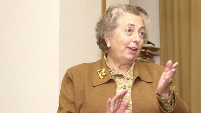 El Gobierno otorga la Medalla al Mérito en Investigación y Educación Universitaria a la profesora de la UCLM María Dolores Cabezudo