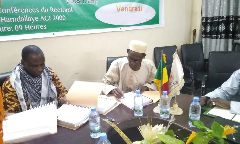 Photo of USTTB: the new rector, Professor  Ouaténi Diallo settled