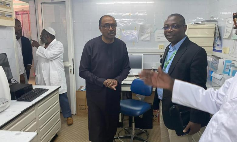 Photo of Prevention and response to the CORONAVIRUS epidemic: Michel Hamala SIDIBE at the UCRC Lab