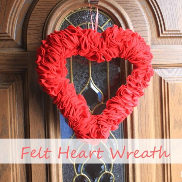 felt heart wreath by udandi