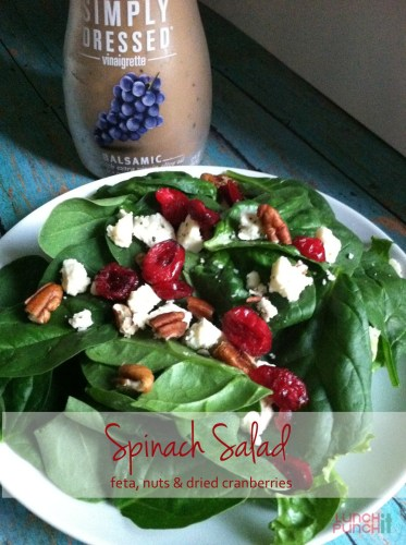flavorful spinach salad by LunchItPunchIt.com