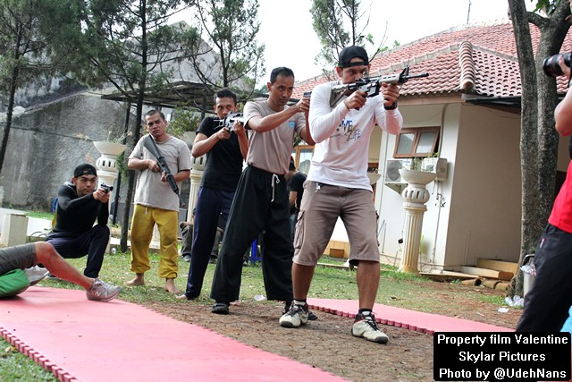 Latihan SWAT film Valentine