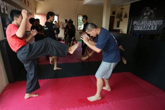 Pejuang Stunt Indonesia - Belajar Stunt
