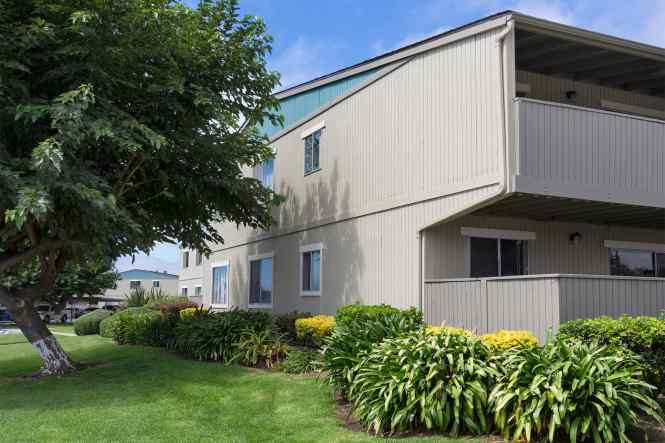 Garden Court Apartments In East Salinas