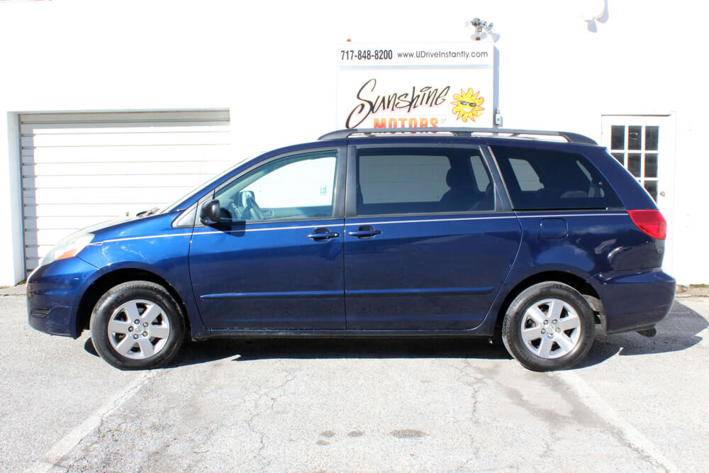2006 Toyota Sienna Side Buy Here Pay Here York PA