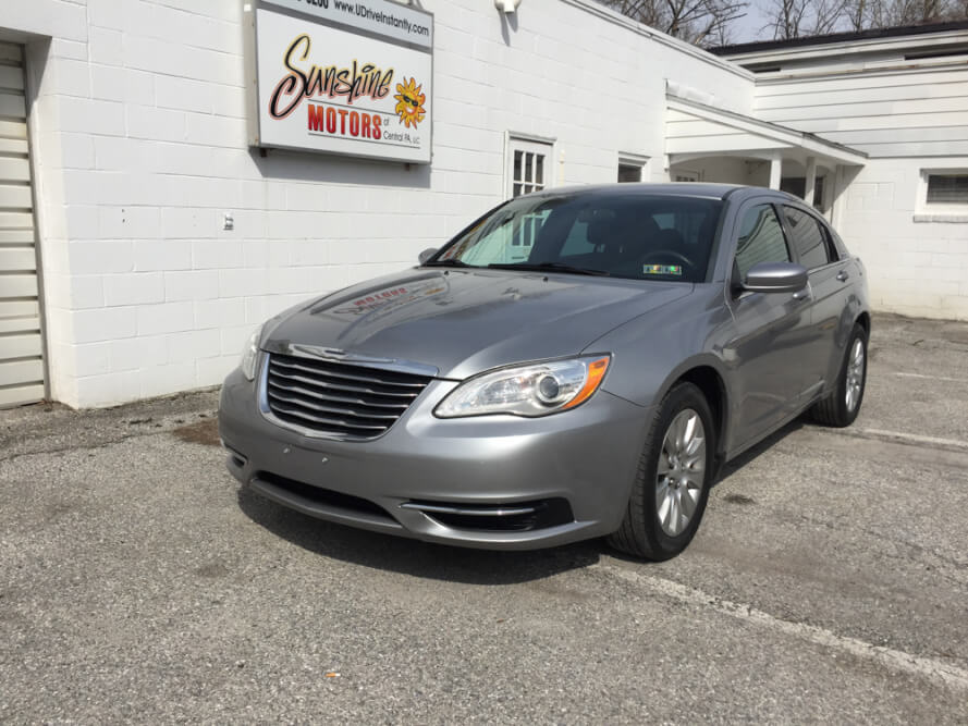 2013 Chrysler 200 Front Side Buy Here Pay Here York PA