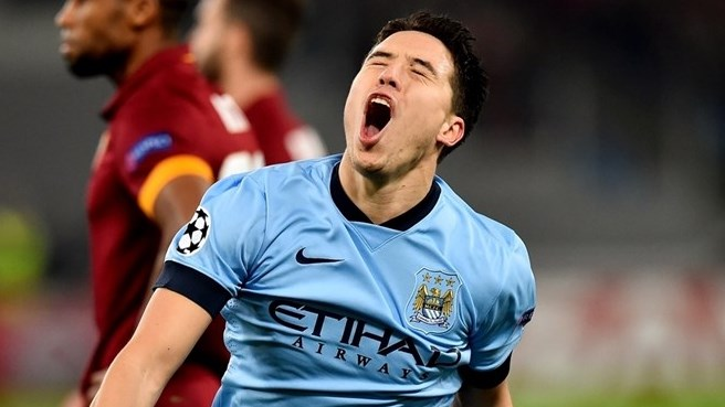 Nasri leads City past Roma and into last 16