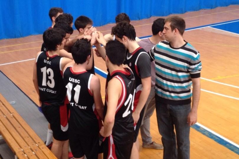 AESE B - JÚNIOR 3 UESC II Foto: Enri Garcia