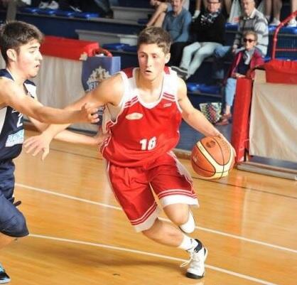 Luca Fowler durant la seva etapa a Itàlia II Foto: MegaBasket