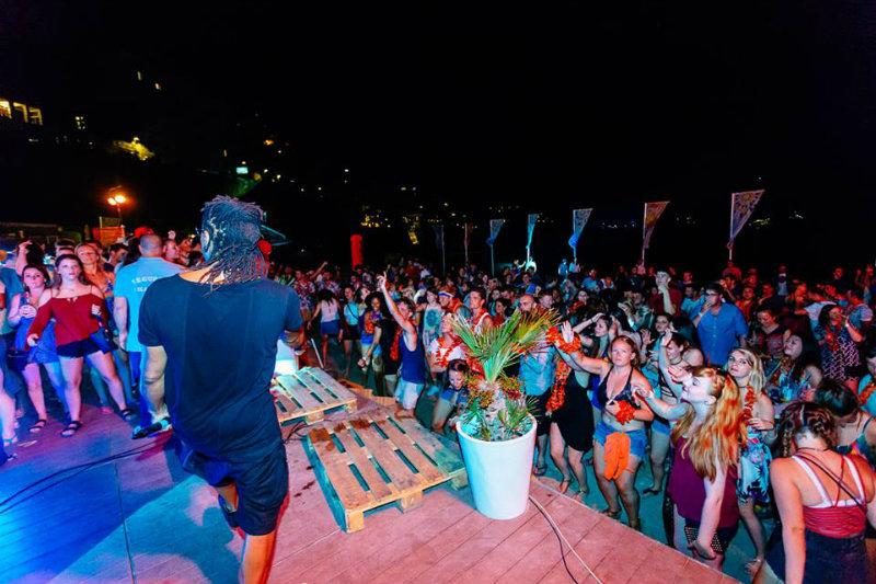CMA Corona Sunsets Festival