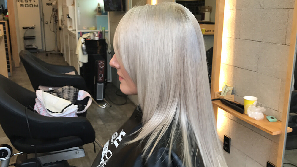 How To Achieve Perfect Ash Blonde Hair Ugly Duckling
