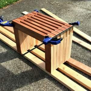 Rustic Cedar Bench – Outdoor DIY Challenge