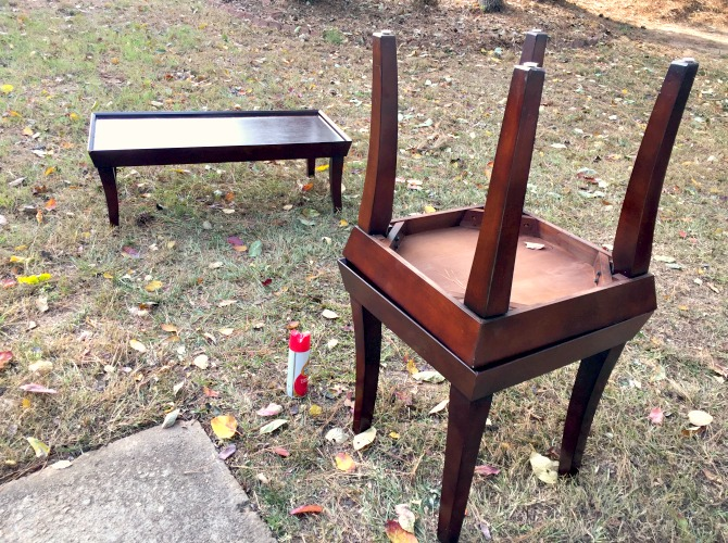 selling furniture on craigslist