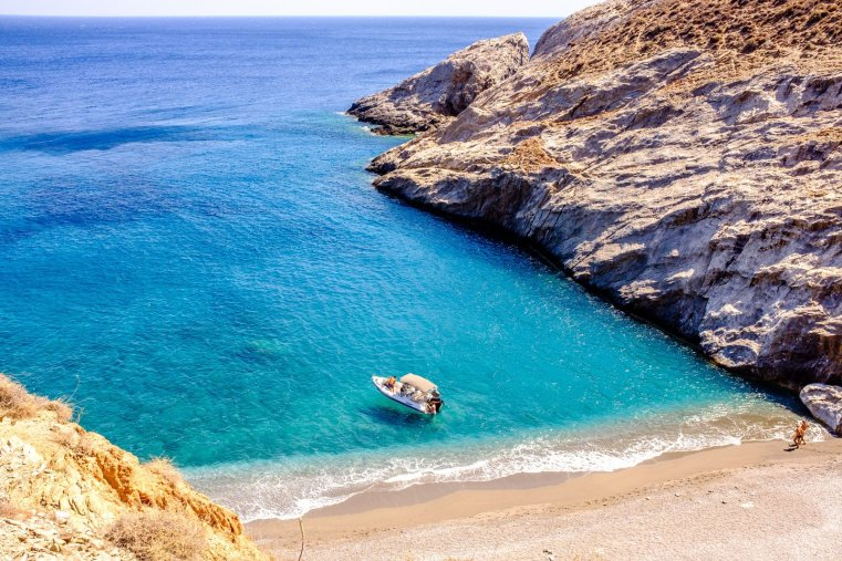 Katergo Beach, Folegandros, Greece