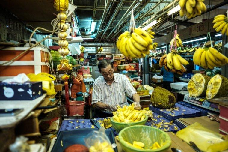 Cutting jackfruit, Little India, Singapore