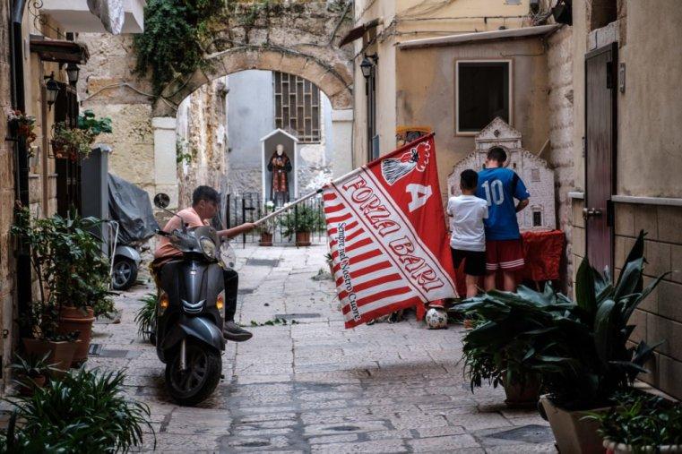 In the streets of Bari Vecchia (Bari Old City)