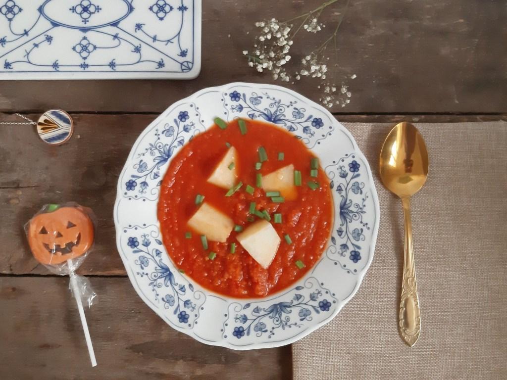Zupa pomidorowa z warzywami