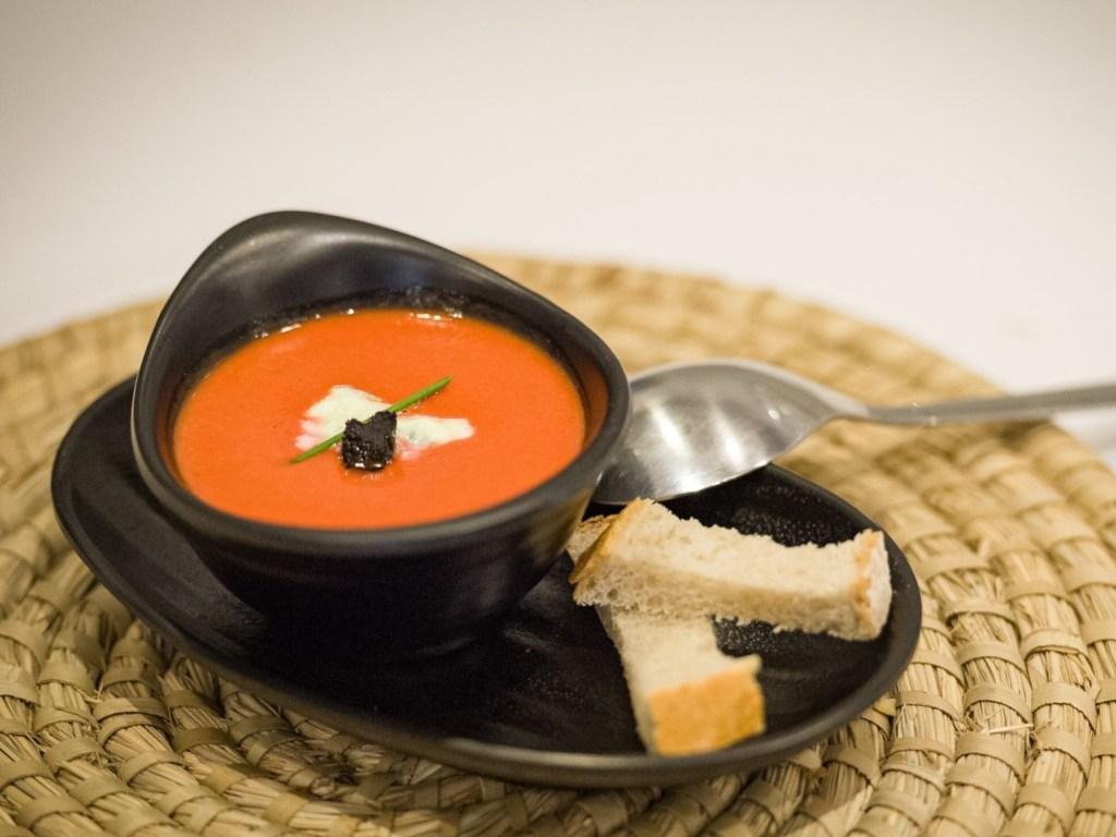 Chłodnik z pomidorów i buraków