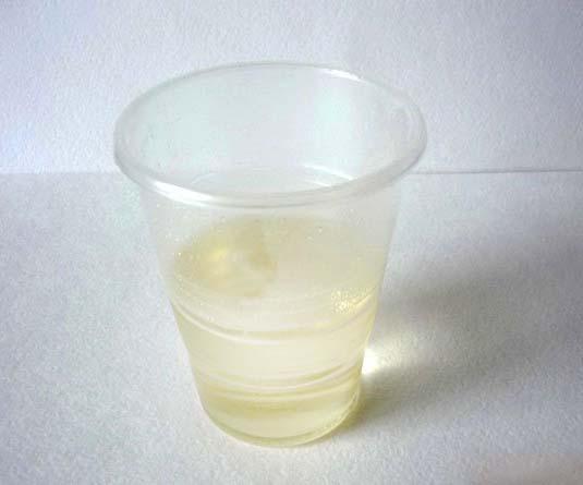 Zeepbasis in een glas voor werk